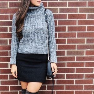 Sweaters - Cropped sweater